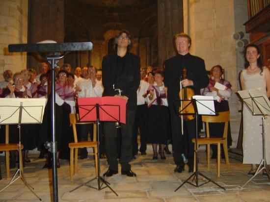 concert avec la Chorale St Benoist de Surgères